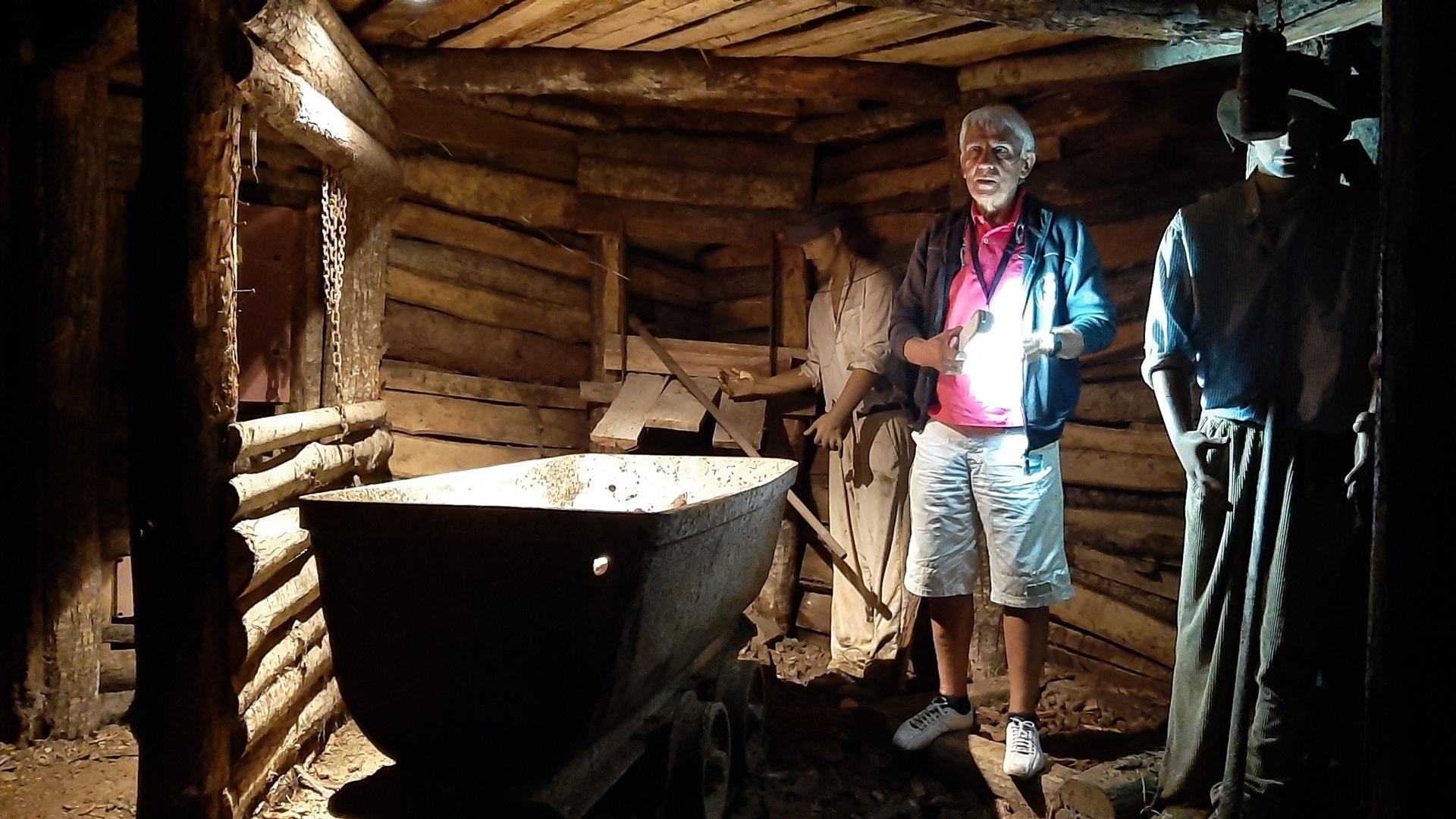 Giù nel profondo della miniera di Abbadia San Salvatore
