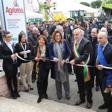 STAFF SINDACO COMUNE BASTIA UMBRA (Pg): comune situato nella Valle Umbra, tra Perugia ed Assisi (22.000 abitanti). L'attività commerciale e produttiva è stata da sempre una vocazione, per la posizione baricentrica rispetto alle principali direttive regionali.