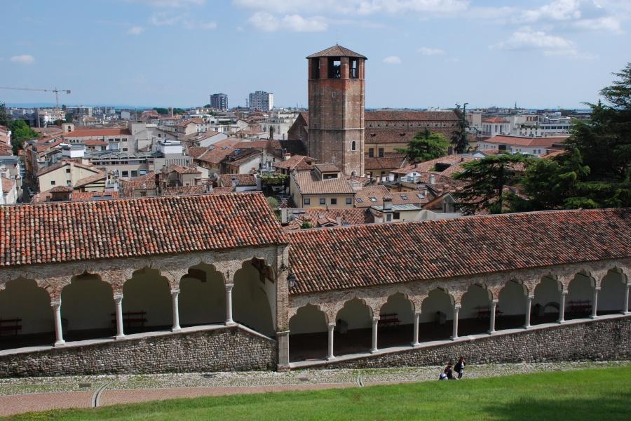 Dall'alto del Castello, la visuale sulla città di Udine.